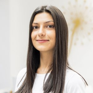 Моника Лукайчева