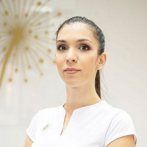 Марияна Кожухарова
